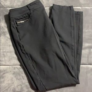 Maurices dress style leggings with pockets
